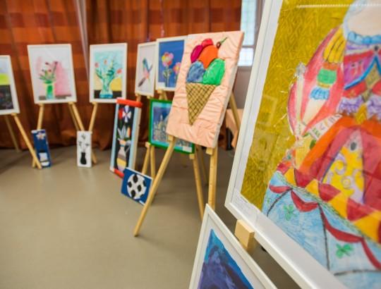 Absolventská výstava výtvarného odboru z Bánoviec nad Bebravou